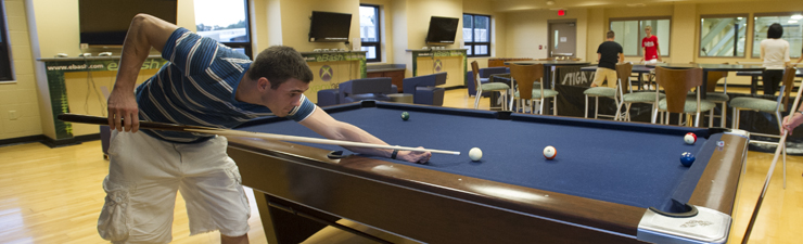 USI students playing pool