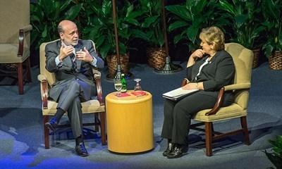 Bernanke talks financial crisis, offers advice for students