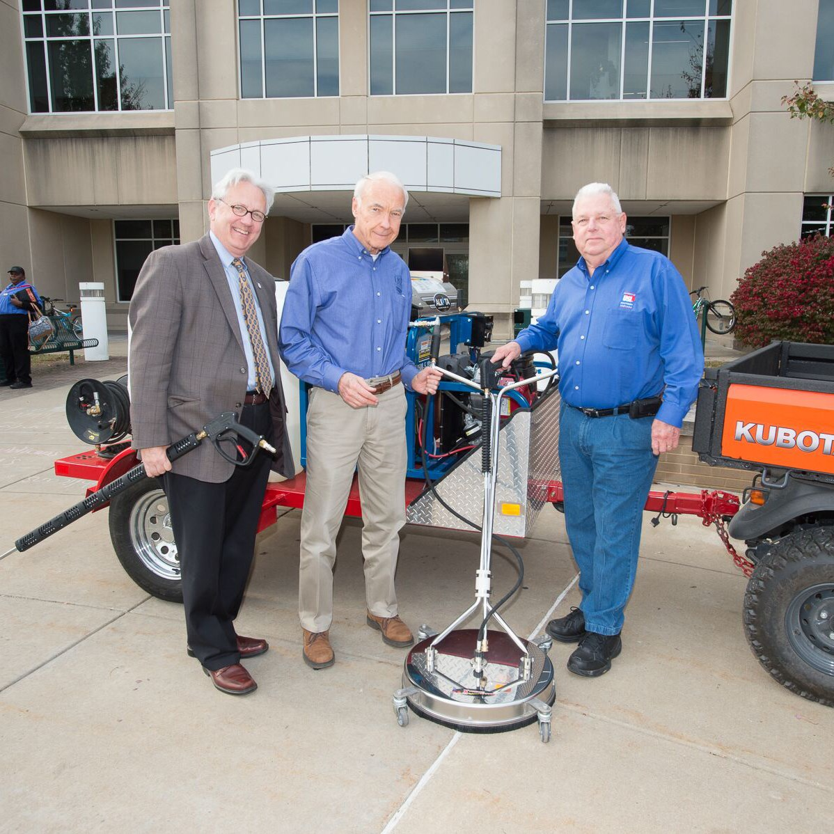 Mahoney donates a lean, mean, cleaning machine