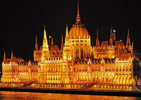 USI alumni and friends trip to explore Magnificent Cities of Central & Eastern Europe