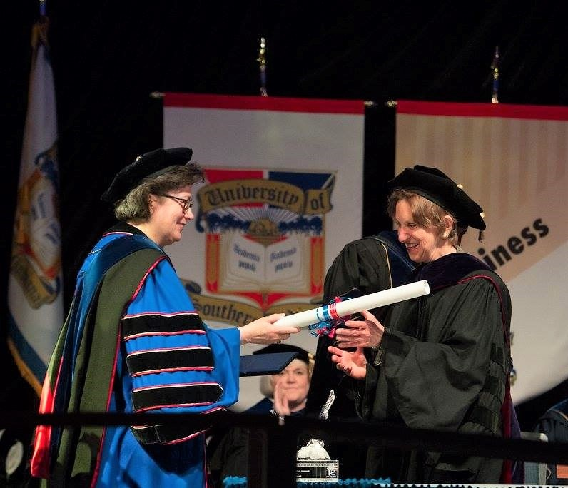 Linda White receives honorary degree