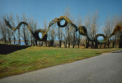 image of patrick dougherty sculpture